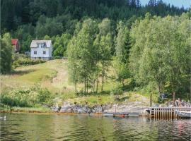 Holiday home Flekke Eldevik II, Flekke