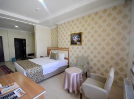 Dimet Park Hotel, Van