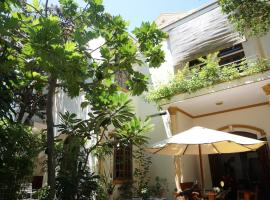 Moon house tropical garden - West side, Nha Trang