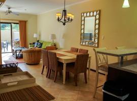 Exotic 2 Bedroom Townhouse Diamante 82, Palm Beach