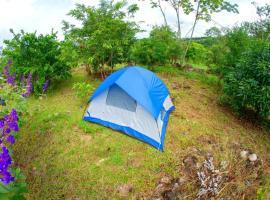 Camping At Magic Mountain Retreat, Rivas