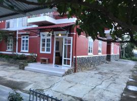 Nhà trên đồi, Dalat