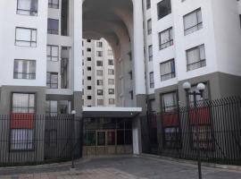 Mauro's Apartment, Pasto