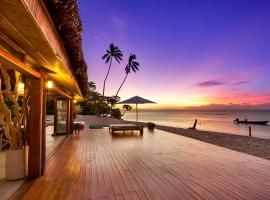Tides Reach Resort, Matei