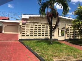 Chayenne's Appartement, Paramaribo