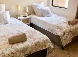 Cosy, 2 bedroom unit close to the City Centre, Windhoek