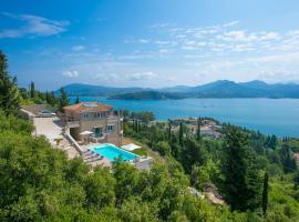 Lygia Villa Sleeps 6 Pool Air Con WiFi, Lygia