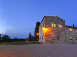 San Gimignano Villa Sleeps 14 Pool WiFi, San Gimignano