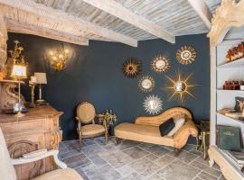 La Capelle-et-Masmolene Villa Sleeps 6 Pool WiFi, La Capelle-et-Masmolène