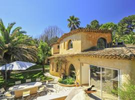 Sophia Antipolis Villa Sleeps 8 Pool Air Con WiFi, Valbonne