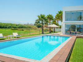 Maleme Villa Sleeps 4 Pool Air Con WiFi, Máleme