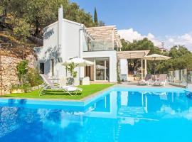 Kavalleraina Villa Sleeps 6 Pool Air Con WiFi, Kavalléraina