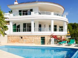 s'Estanyol de Migjorn Villa Sleeps 8 Pool Air Con, Santo Tomás