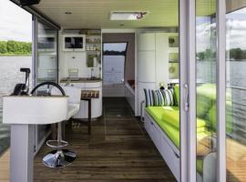 festliegendes Hausboot Ferienwohnung Nautino mini