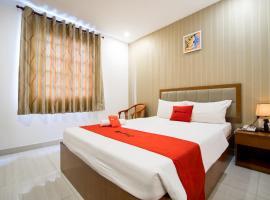 RedDoorz Plus @ Trung Son Residence, Ho Chi Minh