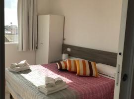 Four Rooms Light, Oristano