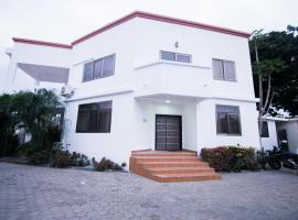 Brownwedge, Accra