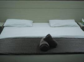 City Hotel Apartment, Apese