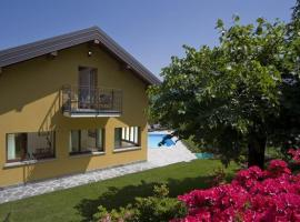 Bellagio Villa Sleeps 8 Pool Air Con, Bellagio