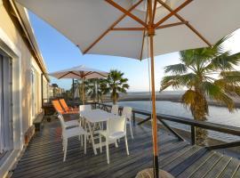 8@Lalandi Beachfront Cottage, Langstrand