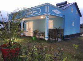 """""""Au Petit Bonheur"""" villa créole avec jacuzzi, Îlet Nourry"""