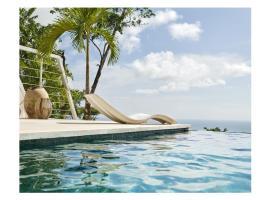 Private Luxury Villa for 4 guest by Night: Villa Riviera, Santa Teresa