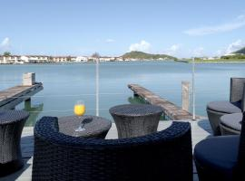 K Dock - Luxury Marina Villa with Private Pool and Dock, Jolly Harbour