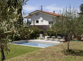 Villa Mirella, Camaiore