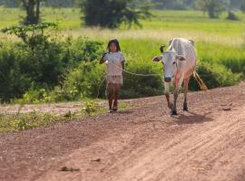 Prithy & Mutta (Community Homestay Chansor), Phumĭ Svay Thum