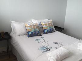 Modern 2 bedroom apartment in CBD, Windhoek