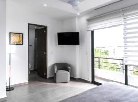 iPlaya - 407 - 1 Bedroom - King Size / iPlaya - New condo in the heart of Playa, Playa del Carmen
