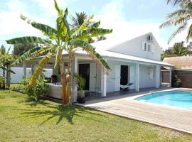 agréable maison avec piscine proche mer, Saint-Gilles-les Bains