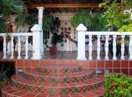 Villa Pachita, El Agua
