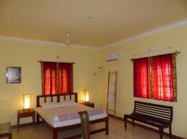 Nice Guest House near Barracuda Diving India, Arpora