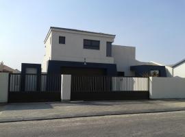 Number Five Snapdragon Apartment Self-catering, Swakopmund