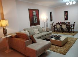 In the heart of Blloku Apartment!, Tiranë