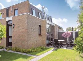 Three-Bedroom Holiday Home in Nieuwvliet-Bad, Nieuwvliet-Bad