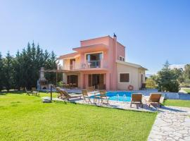 Karavomylos Villa Sleeps 6 Pool Air Con WiFi, Karavomylos