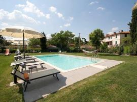 Camucia-Monsigliolo Villa Sleeps 9 Pool Air Con, Cortona