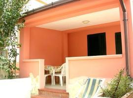 Vieste Villa Sleeps 5 Air Con WiFi, Vieste