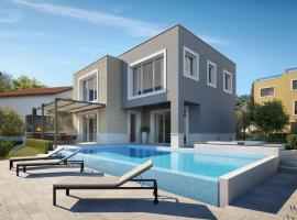 beachfront villa grey martini with pool, Slatine