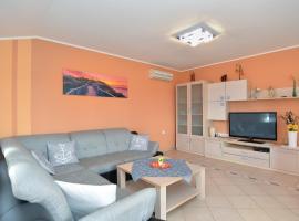 Apartment Anto 1772, Пула