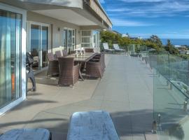 Camps Bay Apartment Sleeps 6 Pool Air Con WiFi, Le Cap