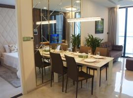 Deluxe Apartment at Vinhomes Golden River, Ho Chi Minh