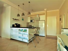 Roxy Sea View Apartment, Sarandë