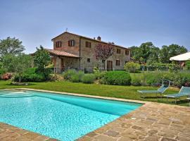 Montecchio Villa Sleeps 8 Pool Air Con WiFi, Cortona