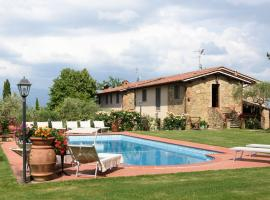 Batelli Villa Sleeps 12 Pool WiFi, Cavriglia