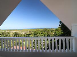 Le Ronce Villa, Anse Royale