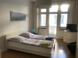Apartment in the City / Prenzlauer Berg (15)