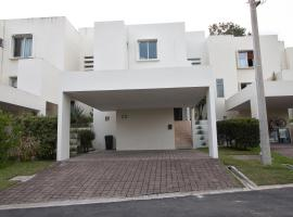 MODERN AND AFFORDABLE FULLY EQUIPPED, WHOLE HOUSE, San Salvador